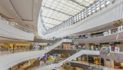 image représentant des centres commerciaux pour l'article sur le retour d'expérience URW